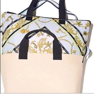Victoria's Secret Bags - 🎉VS 2:1 BEACH COOLER &TOTE BAG